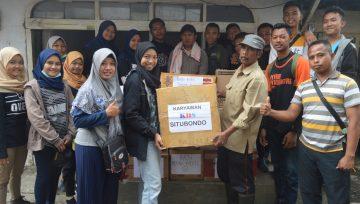 Uluran Tangan Civitas SMK Negeri 1  Panji Untuk Korban Banjir Bandang, Sempol, Bondowso